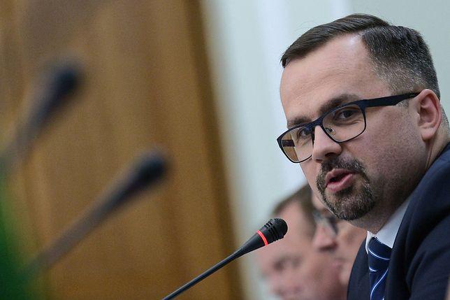Sejm. Marcin Horała: afera Neumanna pokazuje standardy w PO