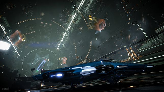 Kadr z gry symulacyjnej Elite: Dangerous