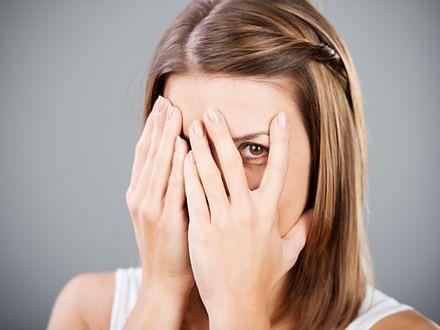 Nieśmiałość spowodowana niedoborem oksytocyny