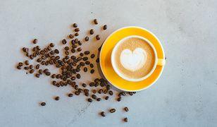 Cappuccino to jeden z najpopularniejszych wariantów włoskiej kawy