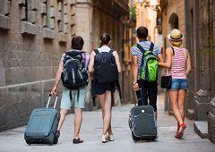Urlopowicze świadomi swoich praw - sprawdzamy biura podróży, hotele i warunki zwrotu
