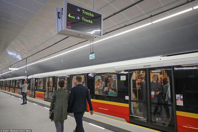 Warszawa. Stacja Trocka na II linii metra jest zamknięta