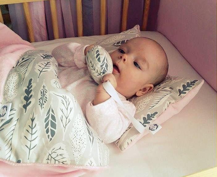 Poduszka maluszka z przytulankiem