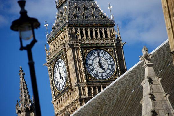 """Wyjście z Unii Europejskiej nie rozwiąże problemów W. Brytanii z imigracją - ocenia """"FT"""""""