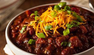Chili con carne - meksykański klasyk. Jednogarnkowe danie idealne na chłody