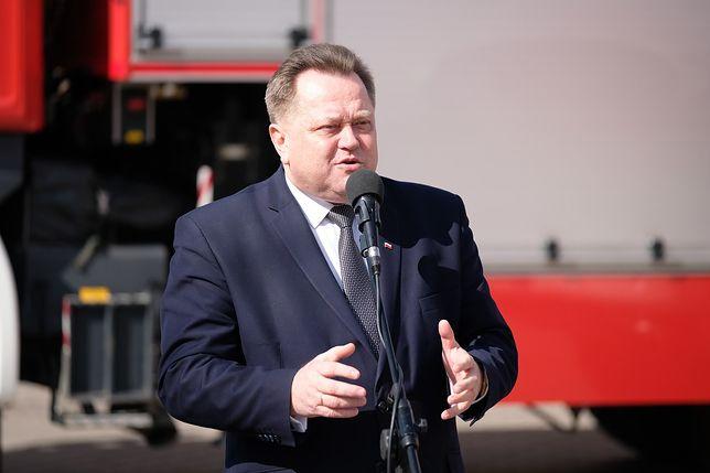 Wiceminister Zieliński nagrodził policjantów, którzy odnaleźli porwaną Amelkę