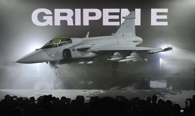 Gripen E - nowy myśliwiec koncernu Saab. Ma konkurować z amerykańskim F-35