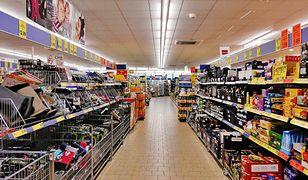 Polacy najczęściej odwiedzają sklepy należące do sieci Lidl i Biedronka.