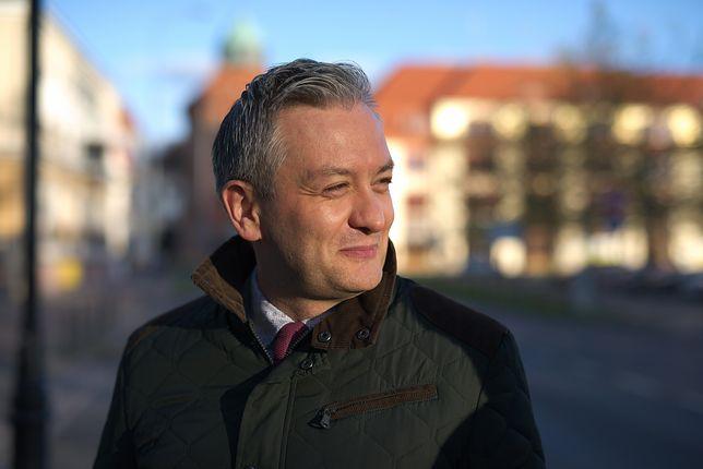 Robert Biedroń znów kluczy: przede mną trudne wybory. Kocham Słupsk, kocham Polskę