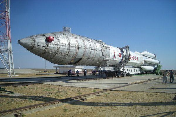 Rosja: pomyślny start rakiety z satelitą geostacjonarnym
