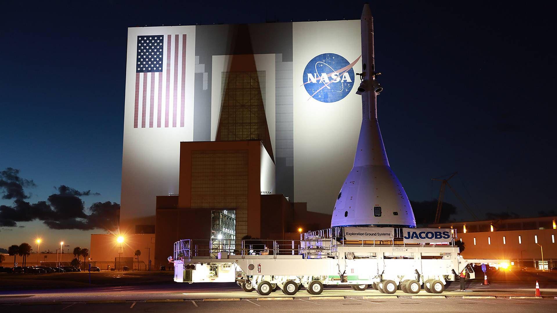 Do 2024 roku ludzie wylądują na Księżycu - zapowiada NASA