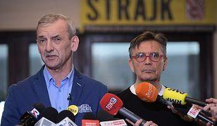 Prezes Związku Nauczycielstwa Polskiego Sławomir Broniarz oraz wiceprezes Krzysztof Baszczyński