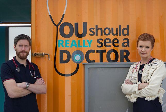Doktor Google dogania lekarza rodzinnego. Większość szuka diagnozy w sieci