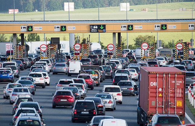 Wypadek na autostradzie A1. Wyciekł ciekły azot