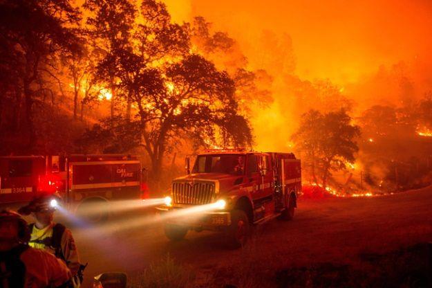 Najsilniejsze pożary szaleją w północnej Kalifornii