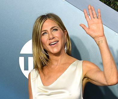 Tatuaż Jennifer Aniston. Aktorka przywiązuje wagę do numerologii