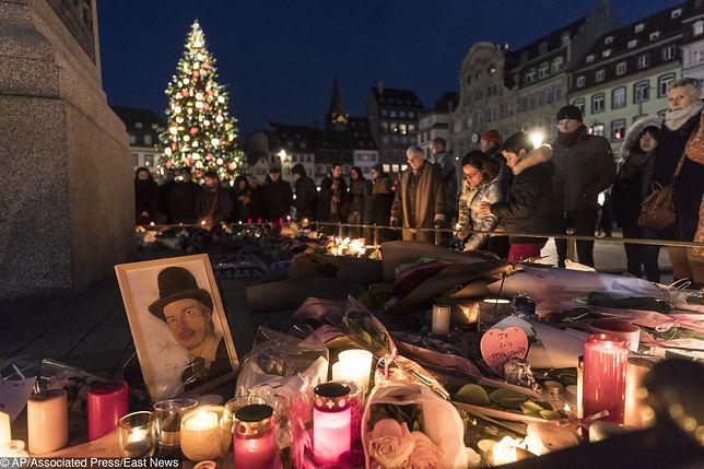 Mieszkańcy Strasburga oddają hołd Orent-Niedzielskiemu i Megalizziemu. To samo zrobili europosłowie
