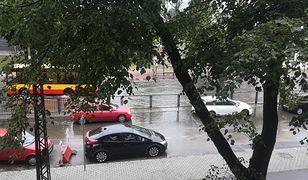 Pogoda. Gdzie jest burza? Ulewa dotarła nie tylko do Warszawy. To zdjęcie otrzymaliśmy z Pruszkowa