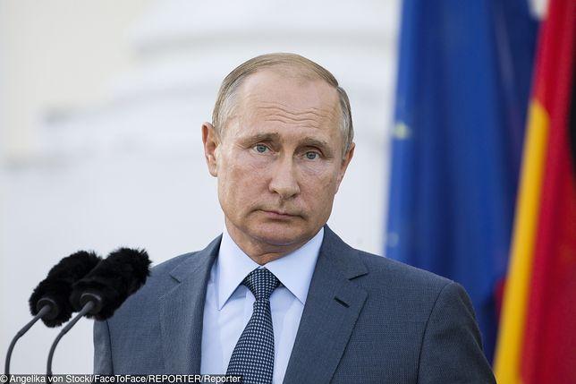 Krytyczne głosy z Rosji. Powodem brak zaproszenia dla Władimira Putina