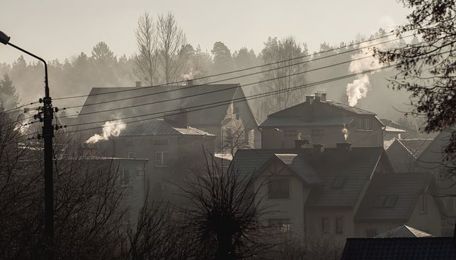 Walka ze smogiem. Tauron sprawdzi, czy prądem można ogrzewać taniej niż popularnymi kopciuchami