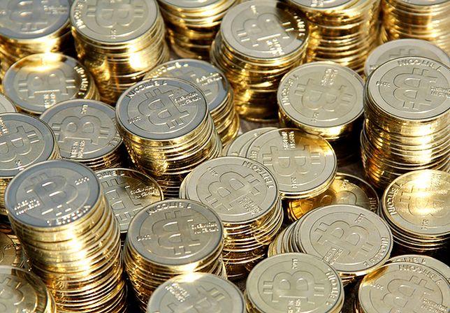 Bitcoin bije kolejne rekordy. Notowania już blisko 10 tys. dolarów