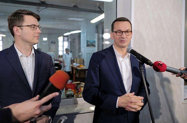 Wybory parlamentarne 2019. Premier Mateusz Morawiecki i rzecznik rządu Piotr Mueller