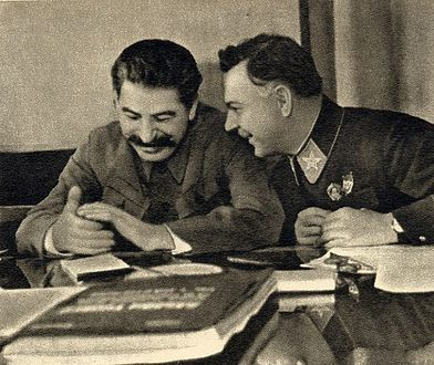 Stalin był alkoholikiem. Wciągnął w nałóg cały naród
