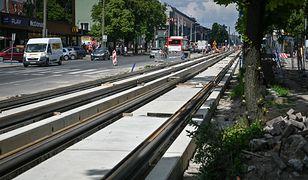 Częstochowa. Filtr powietrza w centrum miasta. Nowe tory tramwajowe ze specjalnych płyt