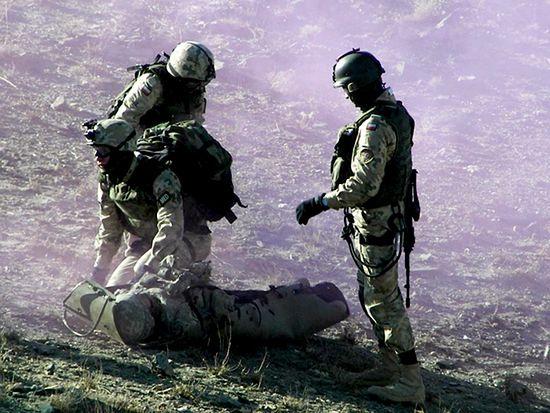 Ratownik w Afganistanie - zdjęcia