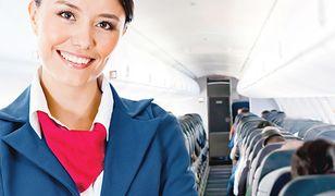 Ile zarabia stewardessa?