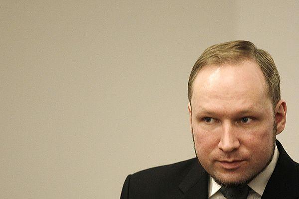 """Skończyli czytać Breivikowi wyrok; """"nie będę apelował"""""""
