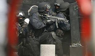 Groźni przestępcy poszukiwani przez Interpol zatrzymani w Warszawie