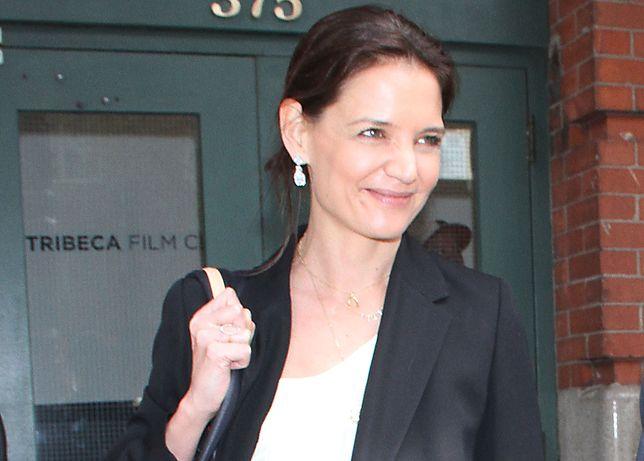 Katie Holmes wybrała się na spacer po Times Square