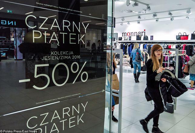 W wielu sklepach promocje będą trwały przez cały weekend