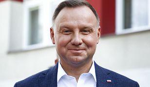 """Andrzej Duda i afera z rosyjskimi youtuberami. Telefon miał nie zostać """"podwójnie"""" zweryfikowany"""