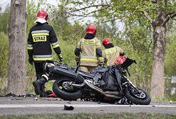 Wypadek pod Kętrzynem. Motorowerzysta zginął na miejscu. Nie miał kasku