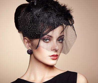 Oryginalna ozdoba na głowę zdobywa coraz większą popularność