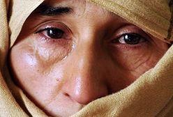 Gwałty, wygnanie z domu i utrata majatku. Co czeka wdowy?