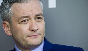 Robert Biedroń skomentował na Twitterze informację o podpaleniu się mężczyzny przed sądem w Rzeszowie