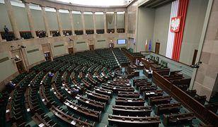 W środę na głosowaniach w sprawie ustawy aborcyjnej nie było 57 posłów