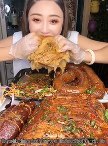 Influencerzy będą karani za marnowanie jedzenia. Tak zdecydował chiński rząd