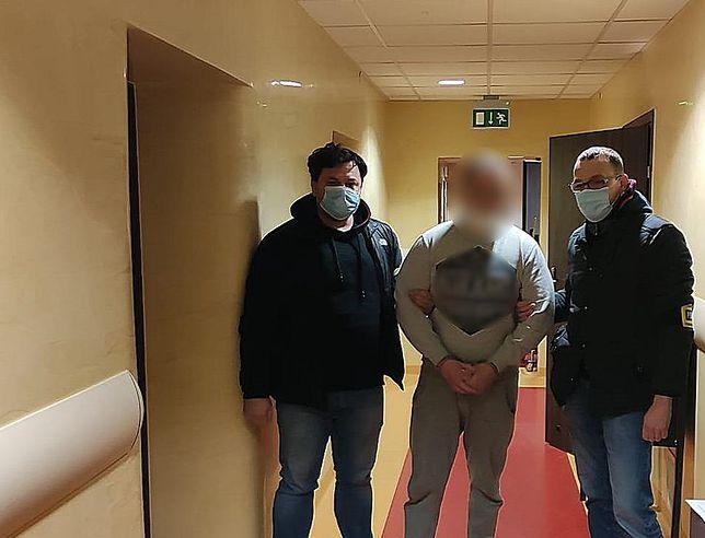 Poznań. 25-latek zatrzymany za sprzedaż szczepionek na COVID-19