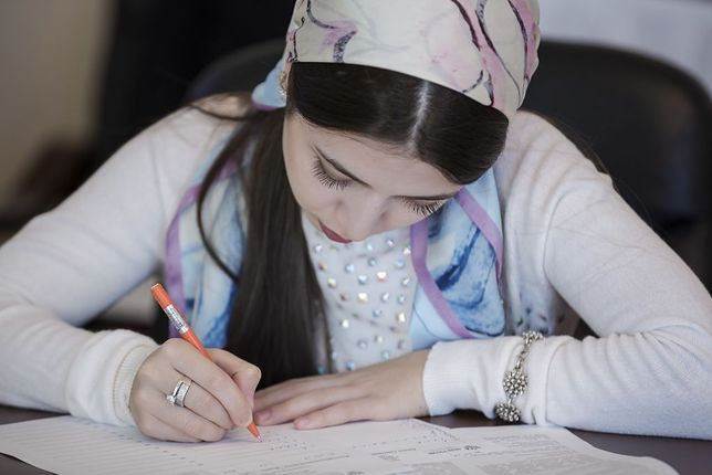 """Ajszat, Raisa i Zarema napisały swoje listy w ramach projektu """"Ojcowie i córki"""""""