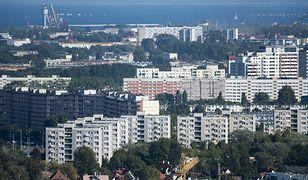 Babcia i wnuczek zostali znalezieni martwi na osiedlu przy stacji Zaspa Gdańsk.