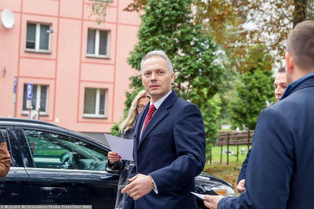 Według wiceministra Jacka Żalka to brutalna próba ograniczenia mu mandatu poselskiego przez potężnego oligarchę
