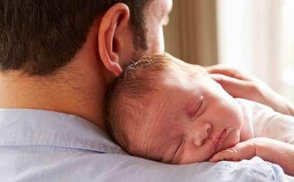 Nawet 64 tygodnie urlopu rodzicielskiego? Propozycja prezydenta wydłuża urlop dla ojców i matek