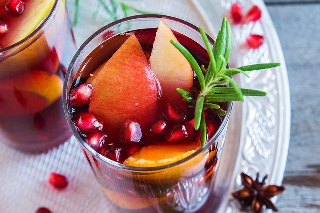 Rozmarynowy napar z owocami