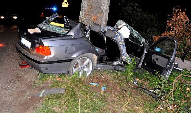 Zginął dzień po otrzymaniu prawa jazdy: jaki jest sposób na młodych kierowców?