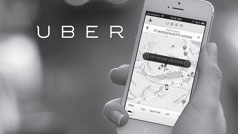 Uber ukarany we Francji: przewozy pasażerskie bez licencji są tam nielegalne