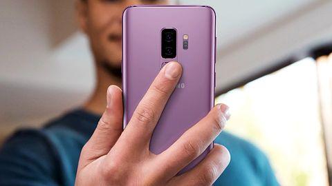 Nowy Samsung Galaxy S9 bywa wolniejszy niż dwuletni iPhone 7